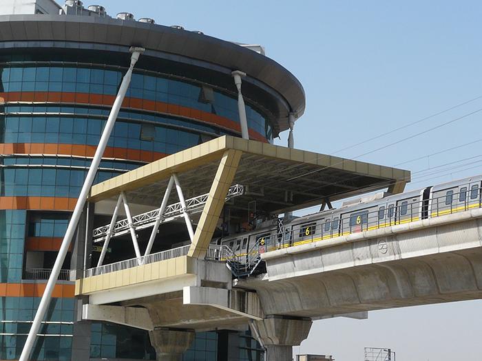 1404823219285-HUDA_City_Center_(Delhi_Metro).jpg